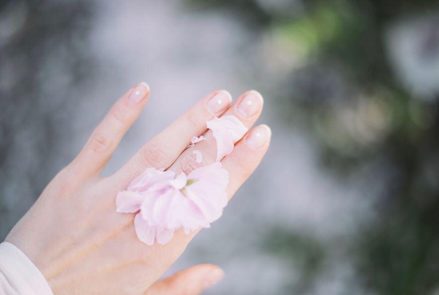 schoene fingernaegel natuerlich