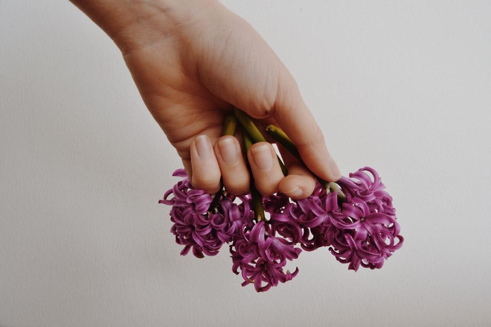 Gesunde und lange Fingernägel: mit Silicium und der richtigen Pflege