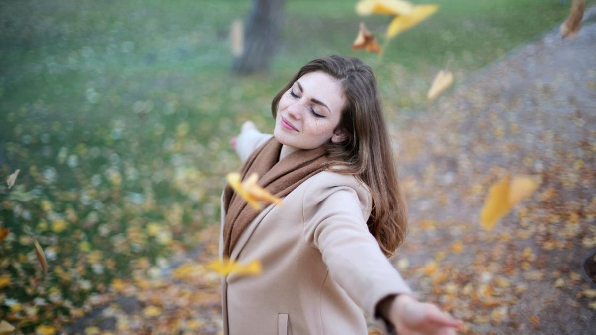 Die richtige Haarpflege im Herbst