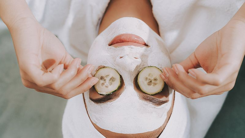 Gesichtsmaske: 5 Tipps für die Einwirkzeit